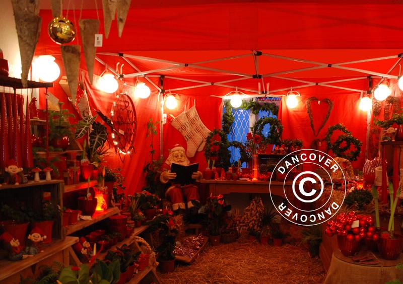 Mercado navideño en una elegante carpa de mercado
